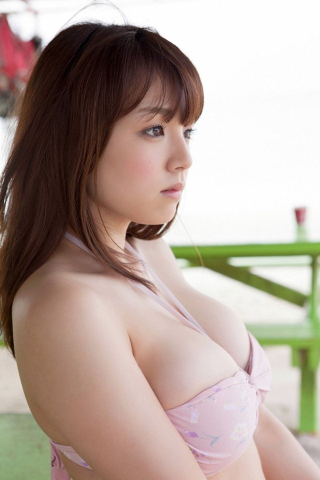 Shinozaki_Ai_youngsundayweb_2_04